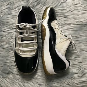Nike Air Jordan 11 XI Retro Low GS BG Concord  5Y